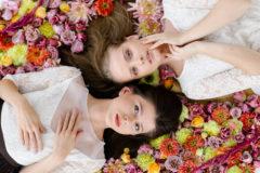 Panna Młoda w kwiatach