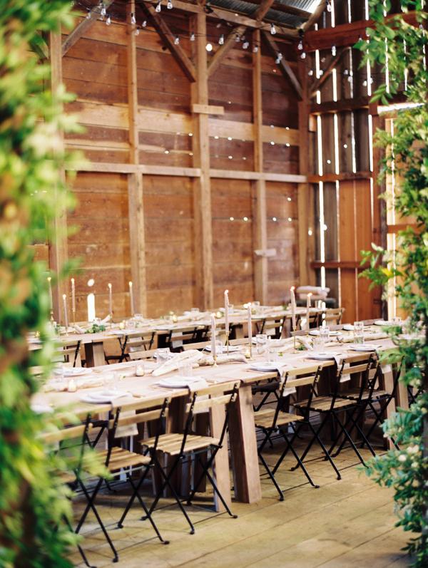 Rustykalne krzesła na wesele i ślub